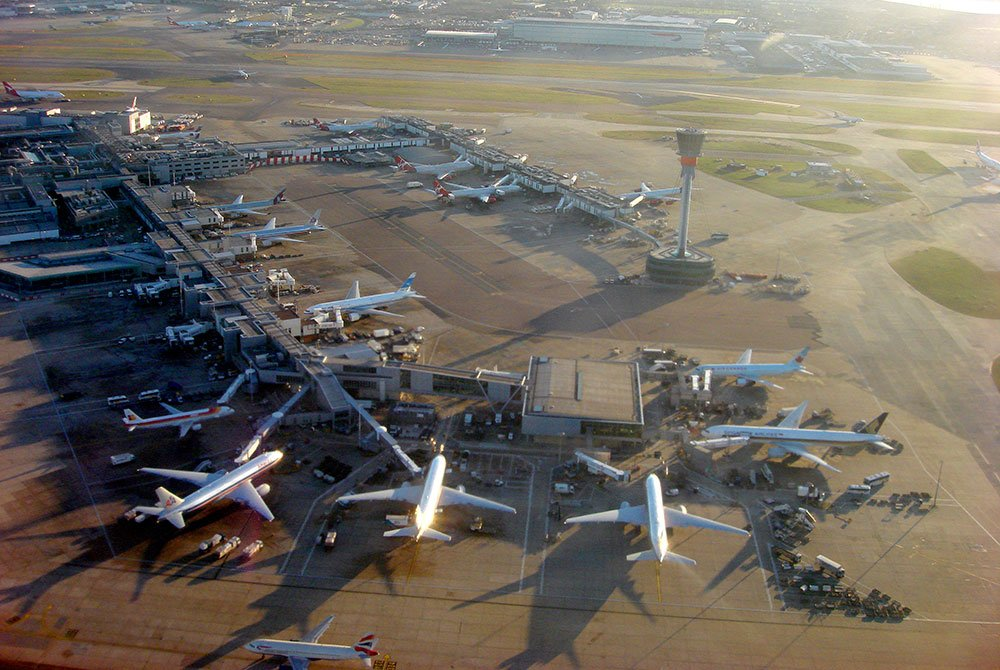 Sustainable development of airports in the London area